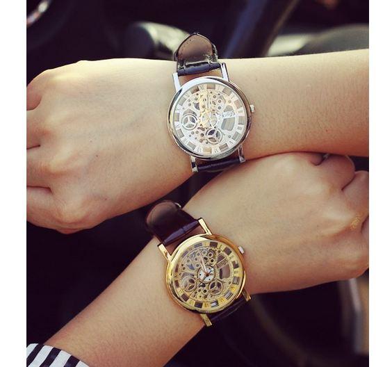 นาฬิกาข้อมือผู้หญิง นาฬิกาข้อมือผู้ชาย 4 แบบ ใส่เป็นคู่ นาฬิกา สายหนัง ดีไซน์ หรู ออกเป็น เป็นแบบ นาฬิกาโชว์กลไก สวยเท่ ใช้ง่าย 359752