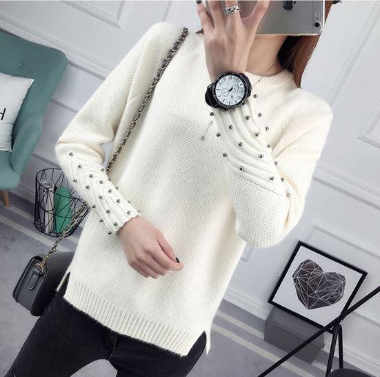 แฟชั่นกันหนาว เสื้อกันหนาว ถัก เสื้อกันหนาวไหมพรม แขนยาว ดีไซน์ปักหมุด ที่แขน แบบเท่ ๆ เสื้อกันหนาวมีดีไซน์ 204252