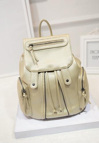 [ ลดราคา ] - กระเป๋าเป้แฟชั่น นำเข้าสไตล์เกาหลี สีทองโดดเด่น สุดเก๋ ดีไซน์สวยเก๋ไม่ซ้ำใคร สวยสุดมั่น เหมาะกับสาว ๆ ที่ชอบกระเป๋าเป้ใบกลางค่ะ