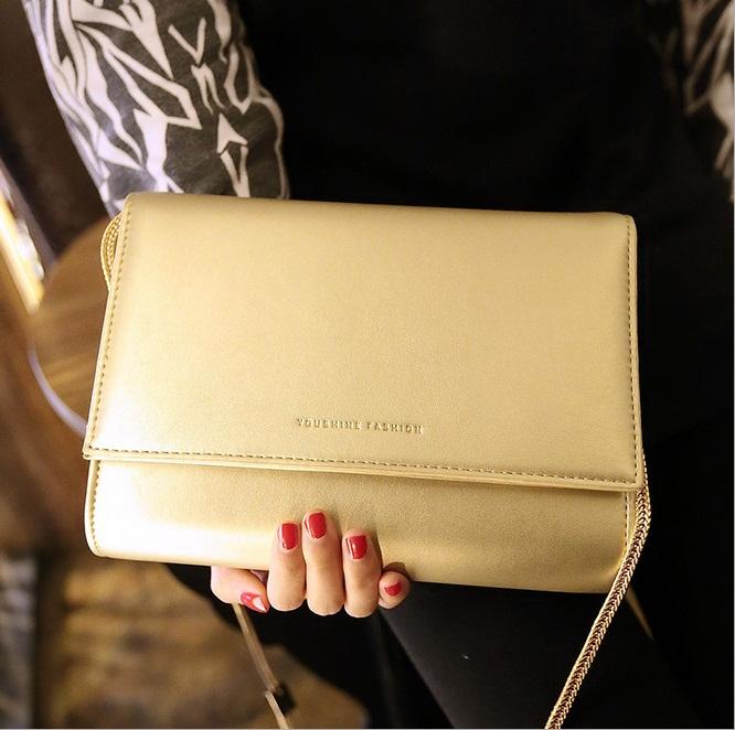 สินค้าไม่ผ่าน QC***[ พร้อมส่ง ] - กระเป๋าแฟชั่น นำเข้าสไตล์เกาหลี สีบรอนซ์ทอง สวยโดดเด่นมากก ดีไซน์สวยเรียบหรู ดูไฮโซทุกการใช้งาน งานหนังคุณภาพ สาวๆ ห้ามพลาดค่ะ