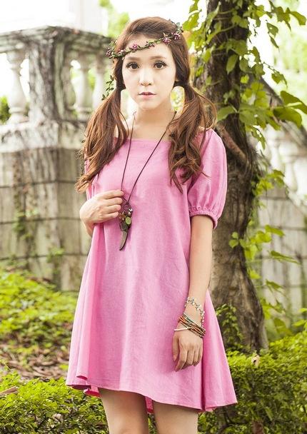 """size L """"พร้อมส่ง""""เสื้อผ้าแฟชั่นสไตล์เกาหลีราคาถูก Brand Weiweimei เดรสทรงปล่อยแขนสั้น แขนและคอเสื้อด้านหลังเป็นยางยืด ไม่มีซับใน ใส่สบายๆ น่ารักค่ะ -สีชมพู"""