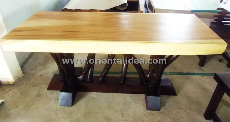 โต๊ะอาหารไม้ฉำฉา TBG-330