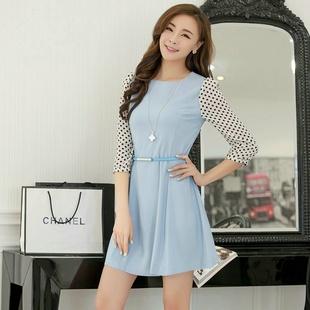 """size M """"พร้อมส่ง""""เสื้อผ้าแฟชั่นสไตล์เกาหลีราคาถูก เดรสสีฟ้า แขนยาวผ้าชีฟองสีขาวจุดดำ ติดกระดุมปลายแขน ซิปหลัง ไม่มีซับใน มีเข็มขัดสีฟ้าให้ ใส่ทำงานได้ค่ะ"""