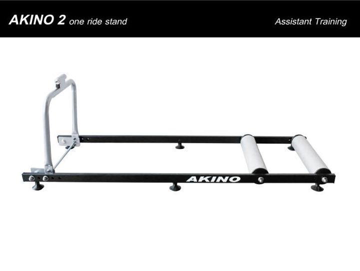 AKINO Trainer 2 Rolls & One Ride Stand