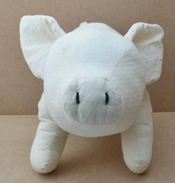 Healthy Pig ตุ๊กตาหมูแข็งแรง