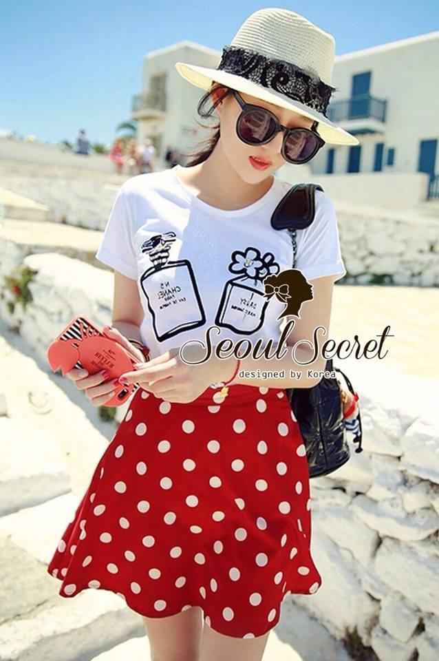 ( พร้อมส่ง) Set Perfume Print Chanel Style Diamond Fernish Top match with Dotty Red Skirt by Seoul Secret