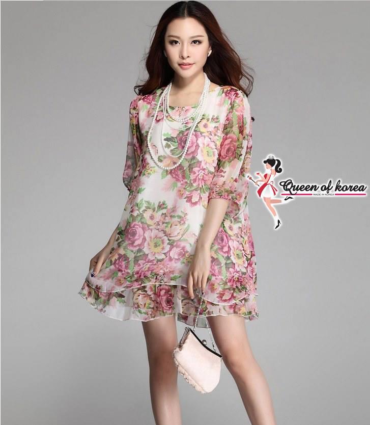 ( พร้อมส่งเสื้อผ้าเกาหลี) เดรสผ้าชีฟองพิมพ์ลายดอกไม้สีสันสดใส ตัวนี้ออกแนวเปรี้ยวอมหวาน พิมพ์ลายดอกไม้โทนสี colorful มีซับในเย็บติด ตรงแขนและชายกระโปรงเป็นผ้าโปร่ง ลุคนี้เหมาะสำหรับสาว 2 สไตล์ทั้งหวานและเปรี้ยว ได้หมดค่ะ