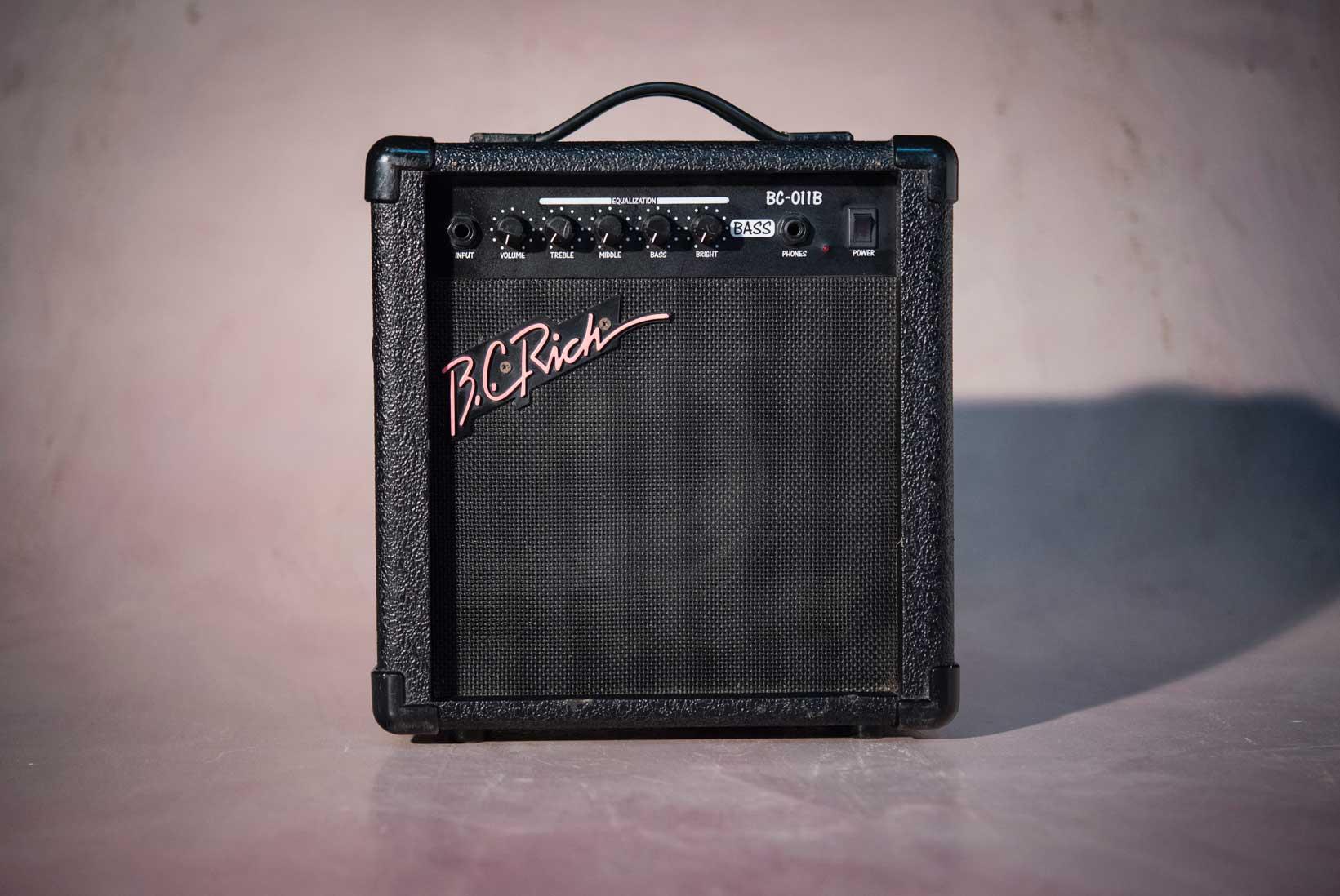 แอมป์ Bass ไฟฟ้ามือสอง B.C.Rich BC-011B No.2