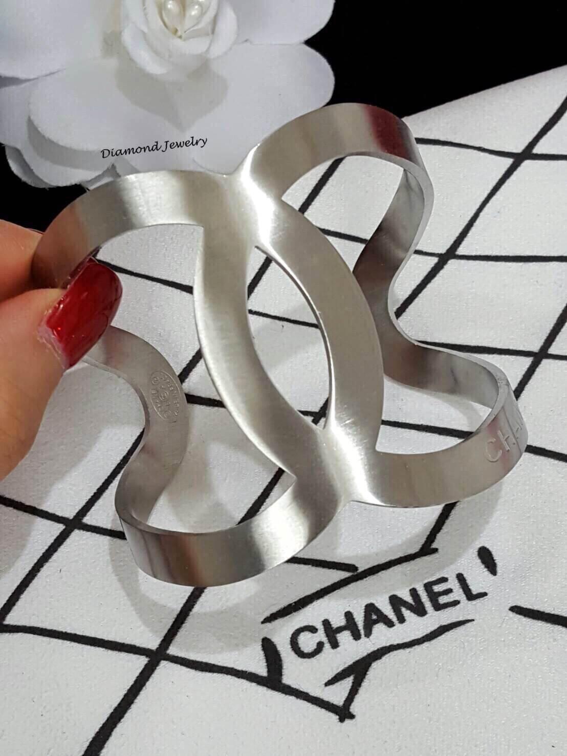 พร้อมส่ง Chanel Cuff งานเกรด Super Hi-End