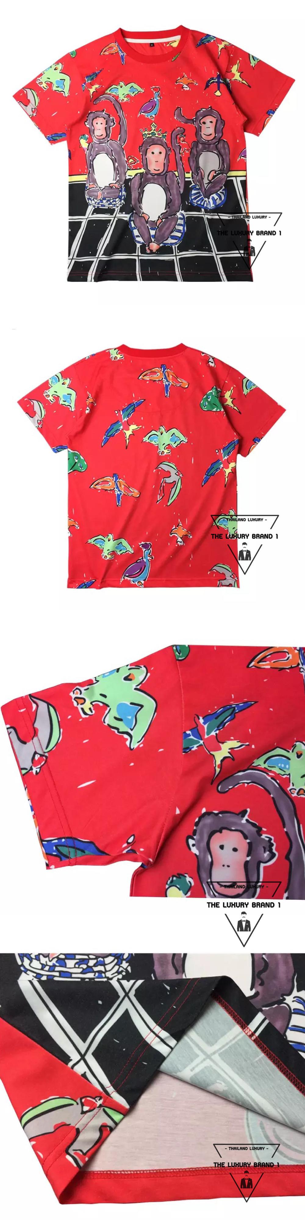 เสื้อยืด Dolce Gabbana สกรีนลายลิงสามตัวบนเสื้อ เสื้อยืด D & G สีแดง