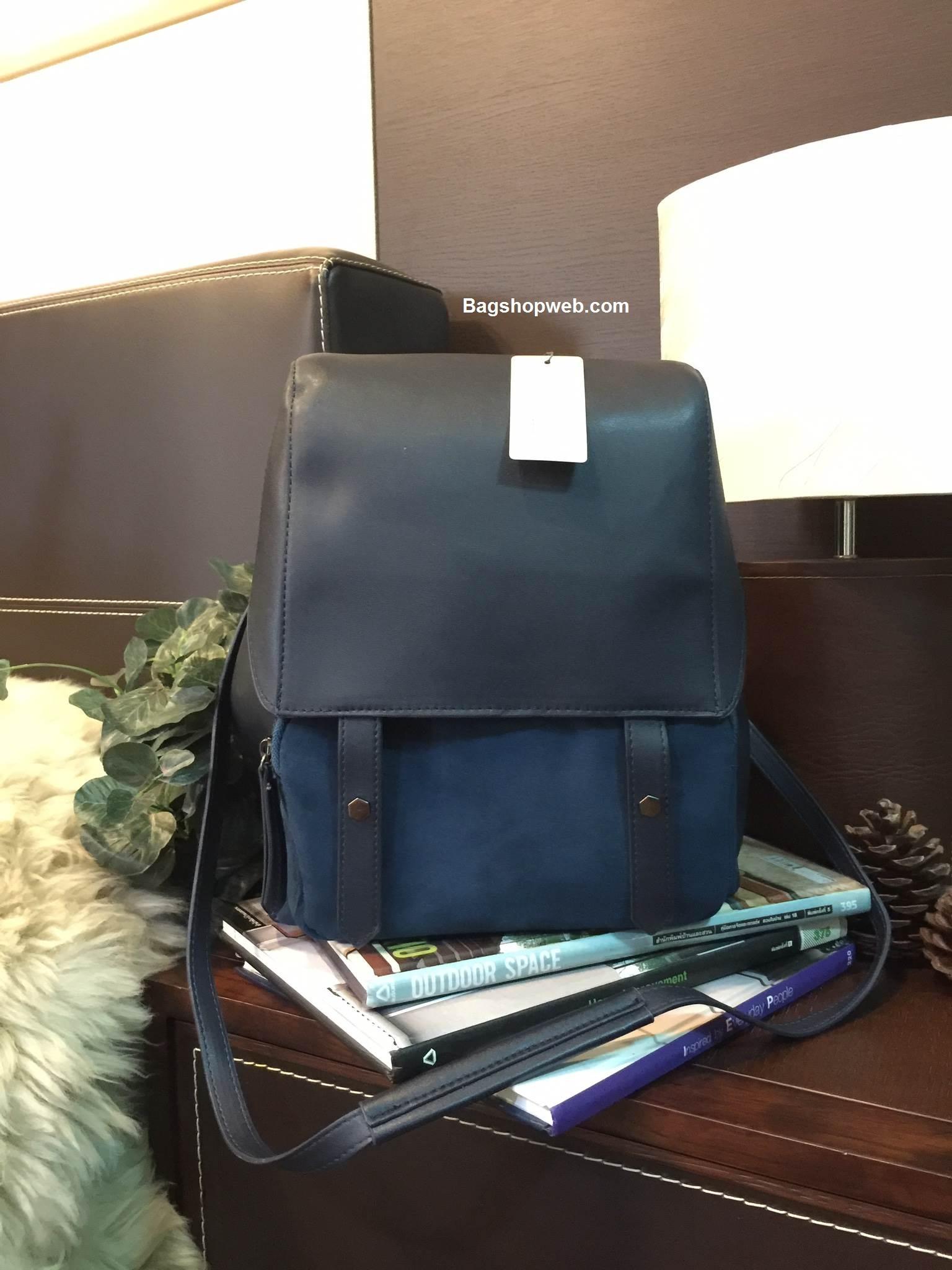 กระเป๋า CHARLES & KEITH LARGE BAGPACK ราคา 1,590 บาท Free EMS