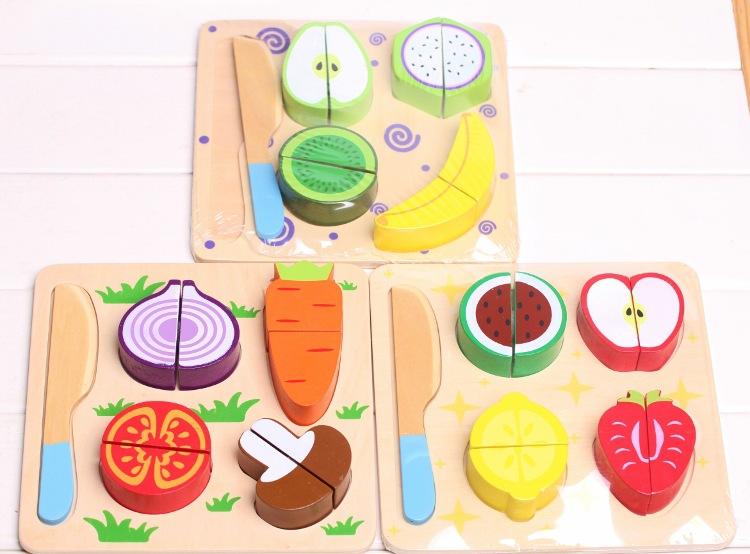 ของเล่นไม้ ชุดหั่นผักผลไม้ ทำครัว มีถาดหลุมเล่นวางจับคู่