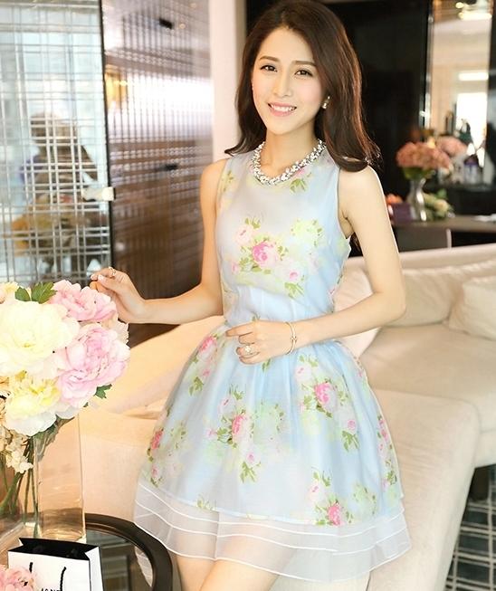 ชุดเดรสสั้นน่ารักสีฟ้า ลายดอกไม้ สวยหวานสไตล์สาวเกาหลี
