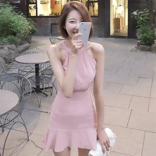 ชุดเดรสสั้นสีชมพู แขนกุด เข้ารูป ปลายกระโปรงแต่งระบาย ราคาถูก
