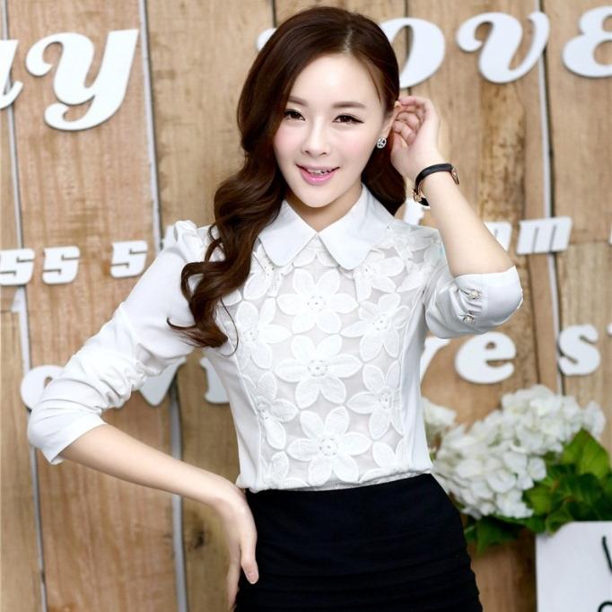 เสื้อทำงานแฟชั่นเกาหลี เรียบหรู ดูดี เสื้อเชิ้ตทำงานสีขาว คอปก แขนยาว ผ้าชีฟอง แต่งลายดอกไม้ , S M L XL
