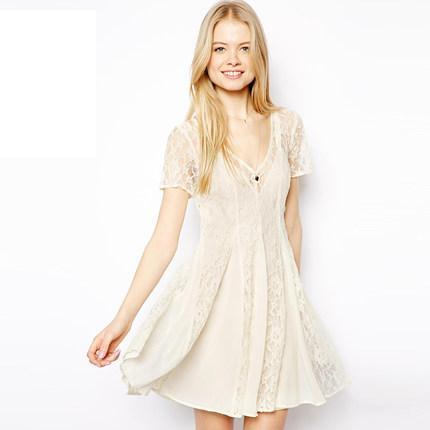 **พรีออเดอร์** ชุดเดรสผู้หญิงแฟชั่นยุโรปใหม่ แขนสั้น ปักลูกไม้ แบบหวาน / **Preorder** New European Fashion Slim Sexy Lace Stitching Short-Sleeved Dress