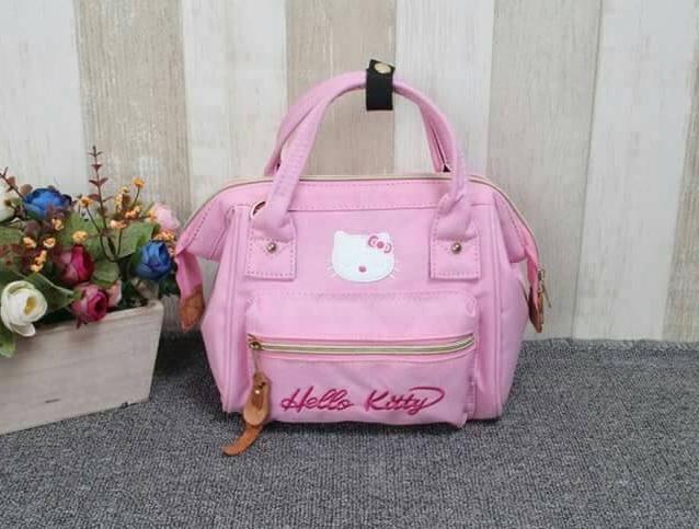 กระเป๋าเป้ anello คิตตี้ สุดน่ารัก ถือได้ สะพายได้ 2 แบบ ทั้งแบบเป้ และสะพายข้าง ขนาด 9 นิ้ว