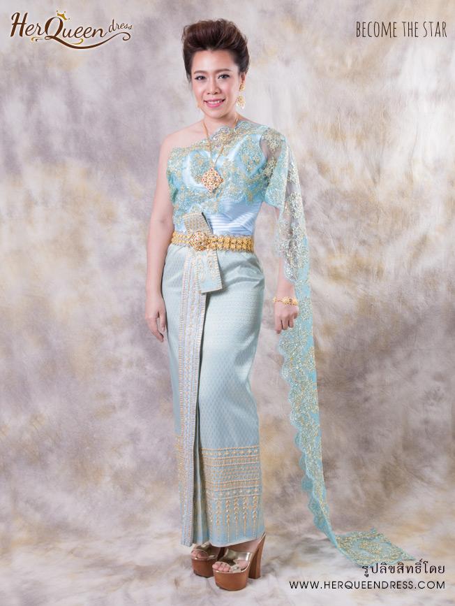 เช่าชุดไทย &#x2665 ชุดไทยประยุกต์สีฟ้าอ่อนหวาน ผ้าสไบลูกไม้สีฟ้าแซมทอง