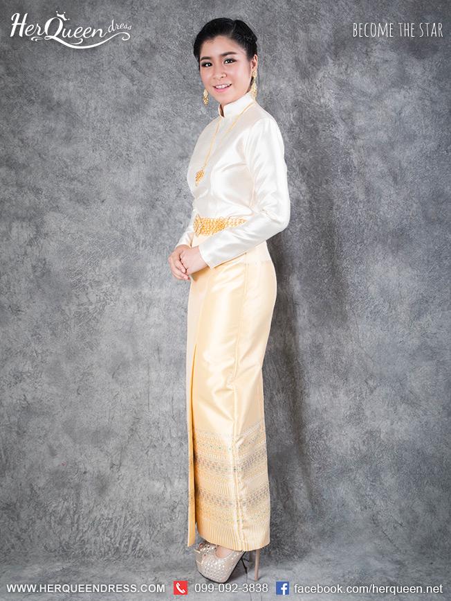 เช่าชุดไทย &#x2665 ชุดไทยบรมพิมาน - สีเหลือง ผ้าถุงสำเร็จสีเหลืองทอลายเหลือบ สำเนา