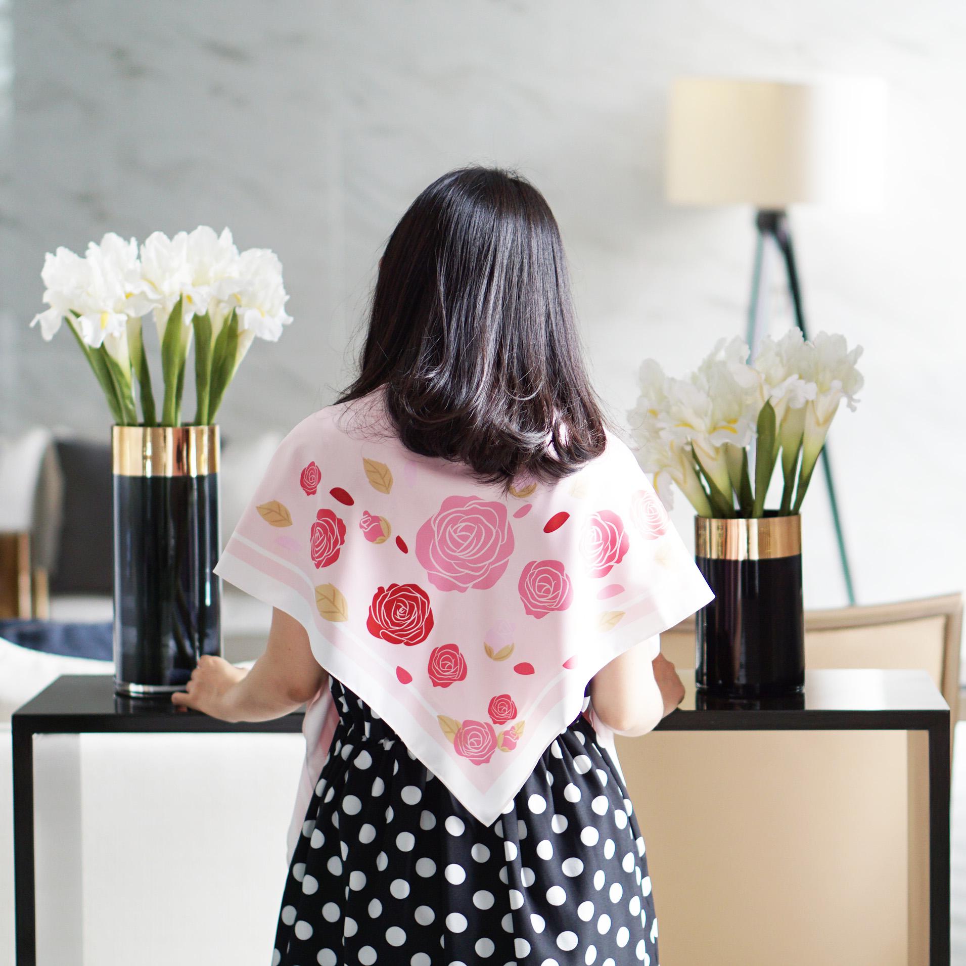 ผ้าพันคอ ลาย Rose - Pink พร้อมส่ง