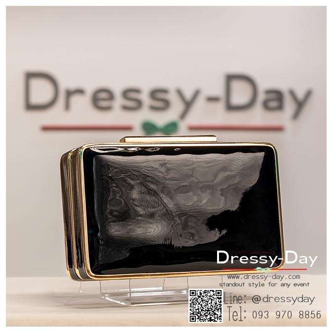 กระเป๋าออกงาน TE032 : กระเป๋าคลัชพร้อมส่ง สีทอง ขอบทอง สวยแบบเรียบหรู ใช้สะพายออกงานเช้า กลางวัน หรือถือไปงานกลางคืน สวยหรู ดูดดีมากๆ สำเนา สำเนา สำเนา