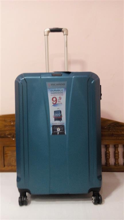 กระเป๋าเดินทาง ล้อลาก 28 นิ้ว