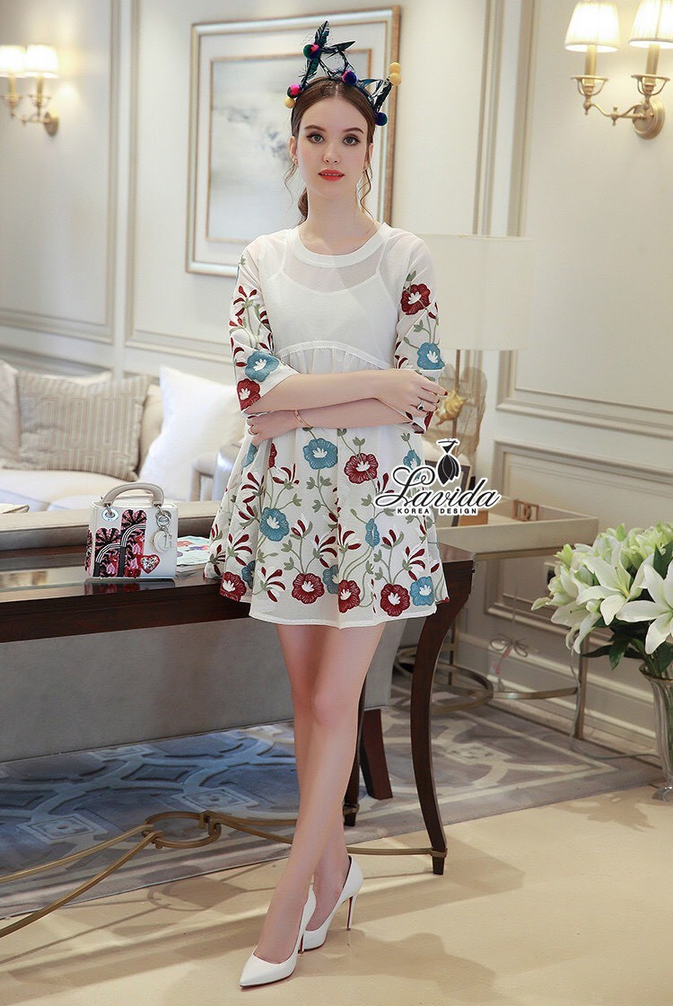 Korea Design By Lavida Noble blossom embroidery feminine dress