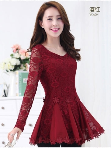 เสื้อทำงาน ผ้าลูกไม้ แขนยาว คอวี มีระบาย สวยหรู สีแดง