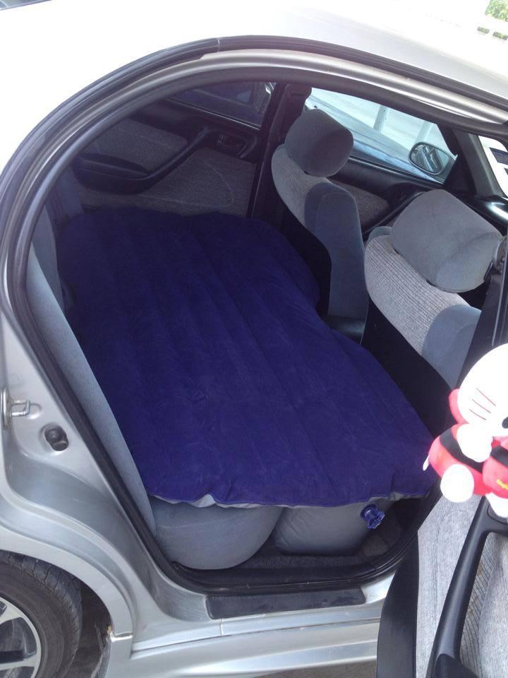 ที่นอนเป่าลมในรถยนต์