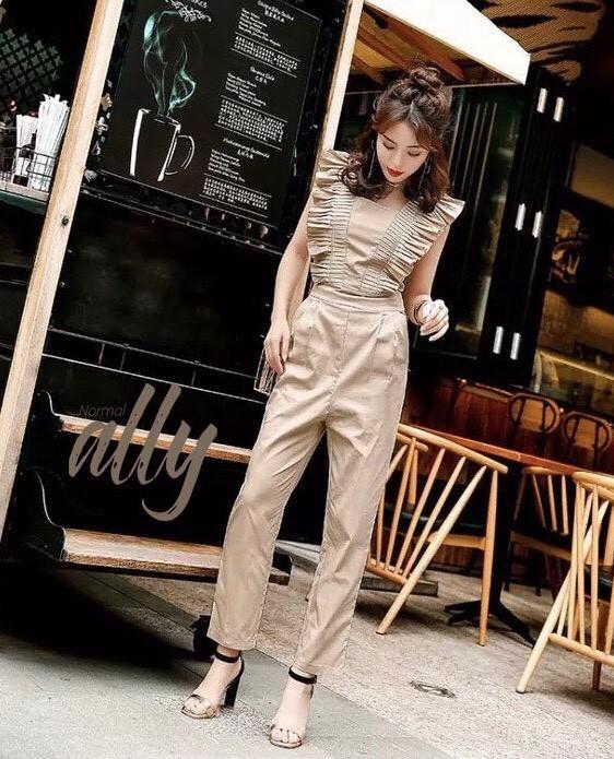 เสื้อผ้าแฟชั่นเกาหลี New arrival ..Don't Miss!! Normal Ally Present Boutique and Classy new collection playsui
