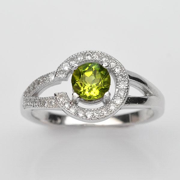 แหวนพลอยแท้ แหวนเงินแท้ 925 ชุบทองคำขาว ฝังพลอยเพอริดอท ประดับเพชร CZ