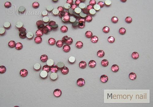 เพชรชวาAA สีชมพูเข้ม ขนาด ss6 ซองเล็ก บรรจุประมาณ 80-100 เม็ด