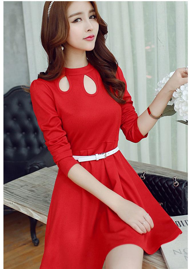 ชุดเดรสสั้นสีแดง คอฉลุลายหยดน้ำ แขนยาว กระโปรงบาน แฟชั่นสไตล์เกาหลีสวยๆ