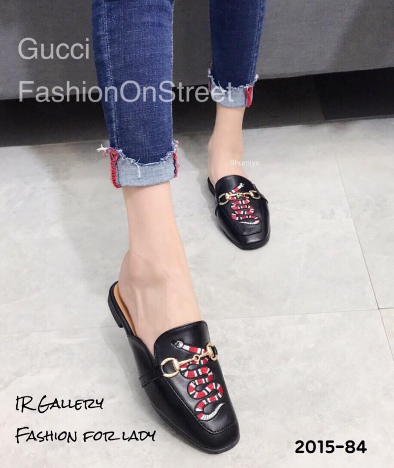 รองเท้าส้นแบนสีดำ ทรงสลิปเปอร์ Style Gucci (สีดำ )