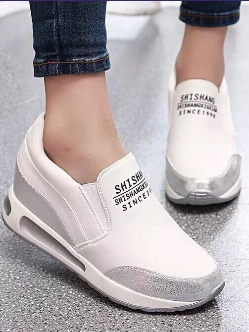 รองเท้าผ้าใบมัฟฟินเข้านำ สไตล์เกาหลี (สีขาว)
