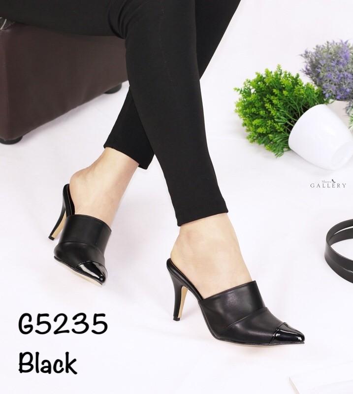 รองเท้าส้นสูงหัวแหลมสีดำ เปิดส้น ลุคกึ่งทางการ (สีดำ )