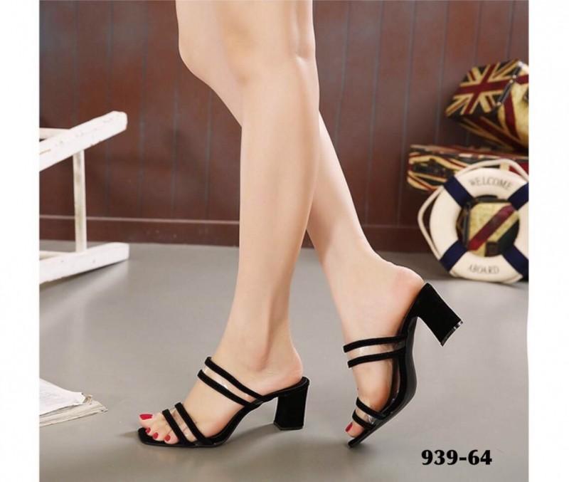 รองเท้าส้นตันเปิดส้นสีดำ ทรง maxi หน้าสวมสายคาดพียูใส (สีดำ )