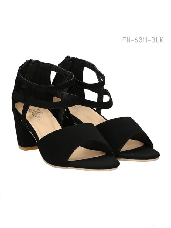 รองเท้าส้นสุง ทรงส้นตัน (สีดำ)