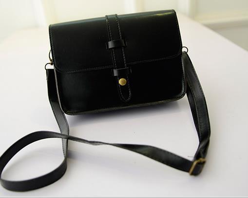 พร้อมส่งกระเป๋าผู้หญิงสะพายข้างใบเล็ก แต่งเข็มขัดแบบวินเทจ แฟชั่นเกาหลี Fashion bag รหัส G-802 สีดำ