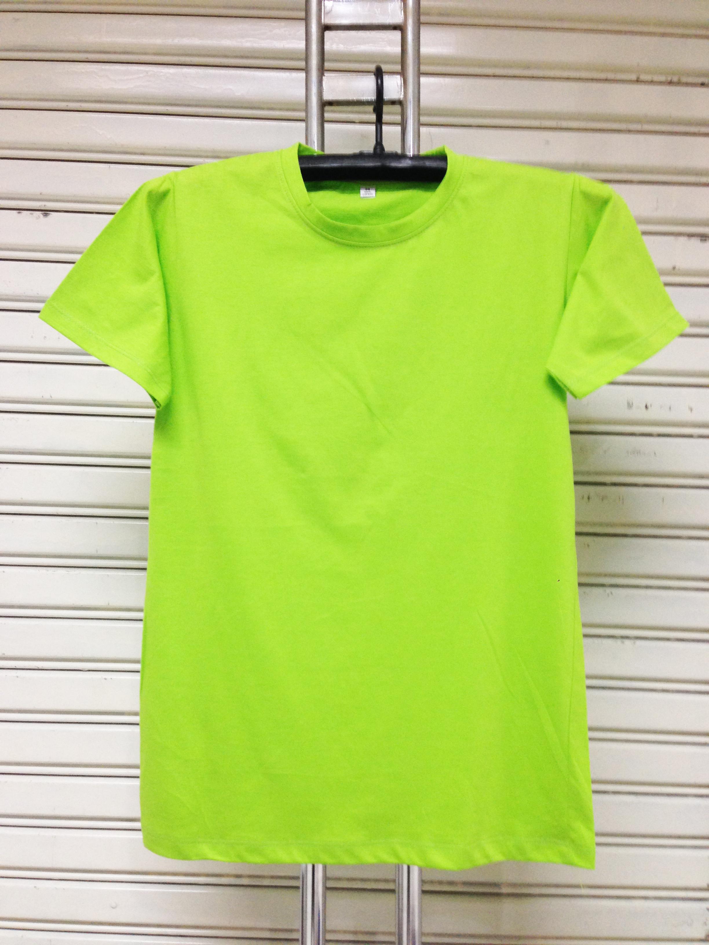 COTTON100% เบอร์32 เสื้อยืดแขนสั้น คอกลม สีเขียวตอง