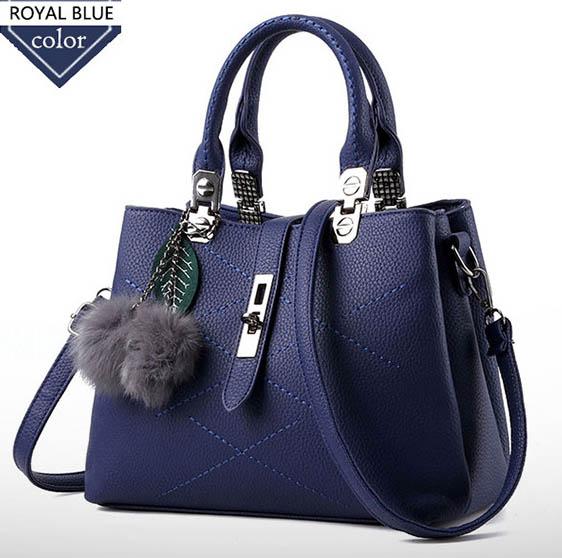 พร้อมส่งกระเป๋าผู้หญิงถือและสะพายข้าง แฟชั่นสไตล์ยุโรป รหัส KO-136 สีน้ำเงิน *แถมพู่ห้อยเชอรี่
