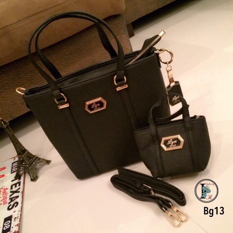 กระเป๋าสะพายแฟชั่น กระเปาสะพายข้างผู้หญิง หนังนิ่ม Style LYN งานTop Mirror [สีดำ ]