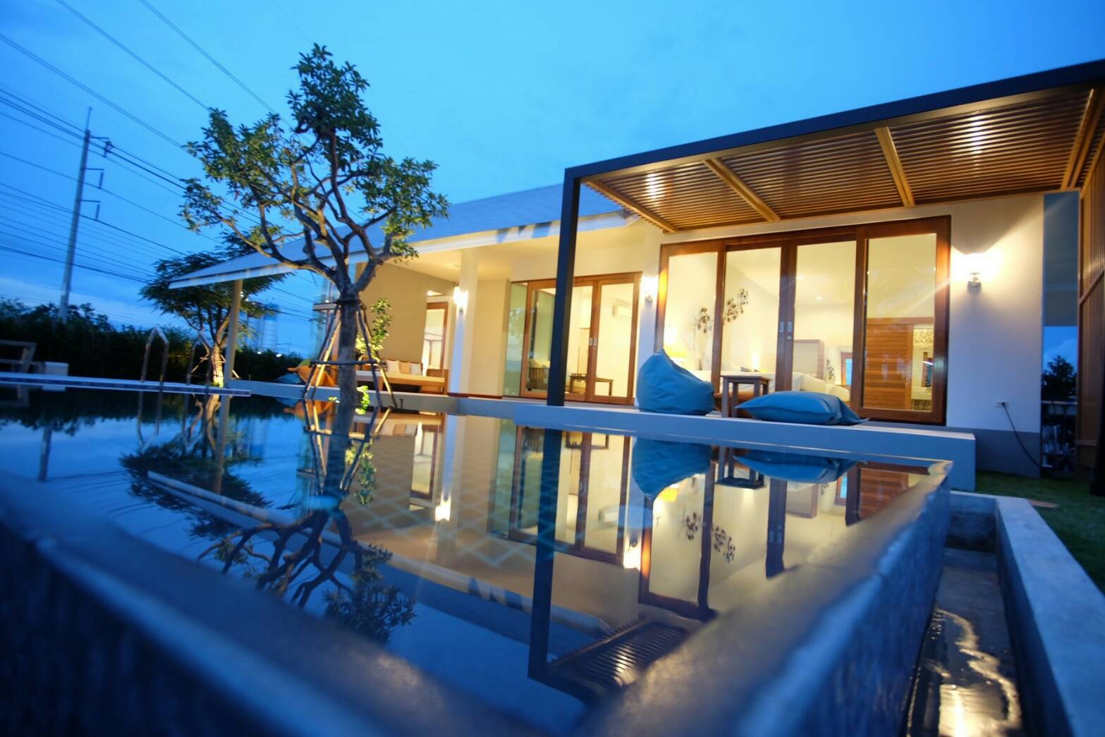 บ้านพราว พูลวิลล่า หัวหิน ซอย 112 แบบ 3 ห้องนอน 3 ห้องน้ำ