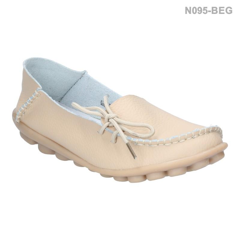 รองเท้าส้นแบน หุ้มส้น หนังเย็บ แต่งเชือก (สีเบจ )