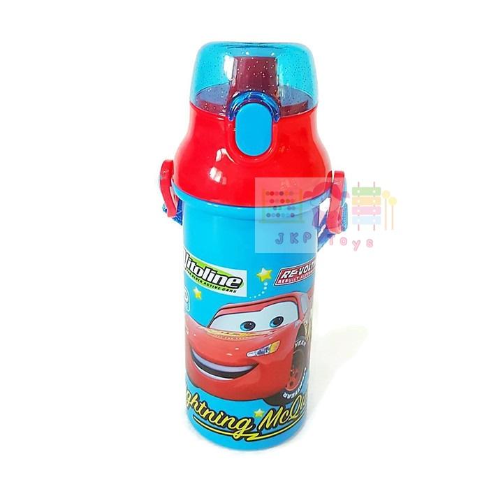 กระติกน้ำเด็ก มีสายสะพายแบบยกดื่ม + ใส่หลอดดูดได้ ลาย Cars