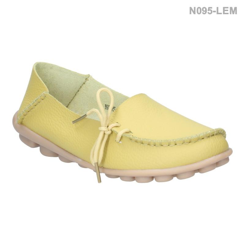รองเท้าส้นแบน หุ้มส้น หนังเย็บ แต่งเชือก (สีเลมอน )