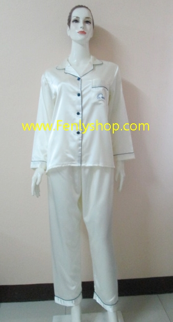 ชุดนอน(ญ)ผ้าซาตินกางเกงขายาวแขนยาว สีครีม เสื้อรอบอก 40 นิ้ว