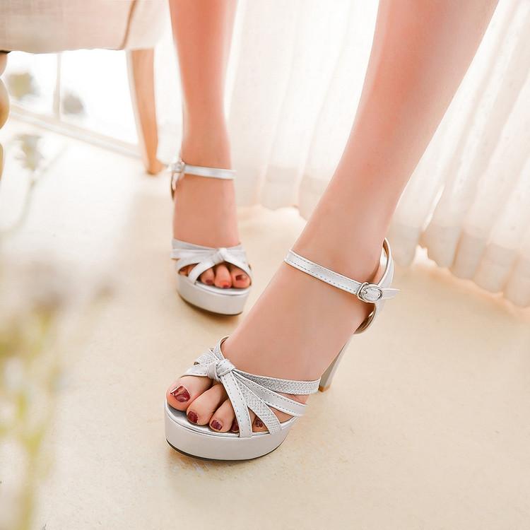 Preorder รองเท้าแฟชั่น สไตล์ เกาหลี 32-43 รหัส 9DA-8382