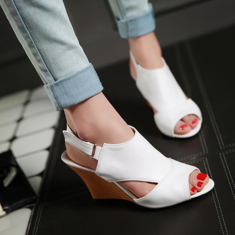 Preorder รองเท้าแฟชั่น สไตล์เกาหลี 34-43 รหัส 9DA-4908