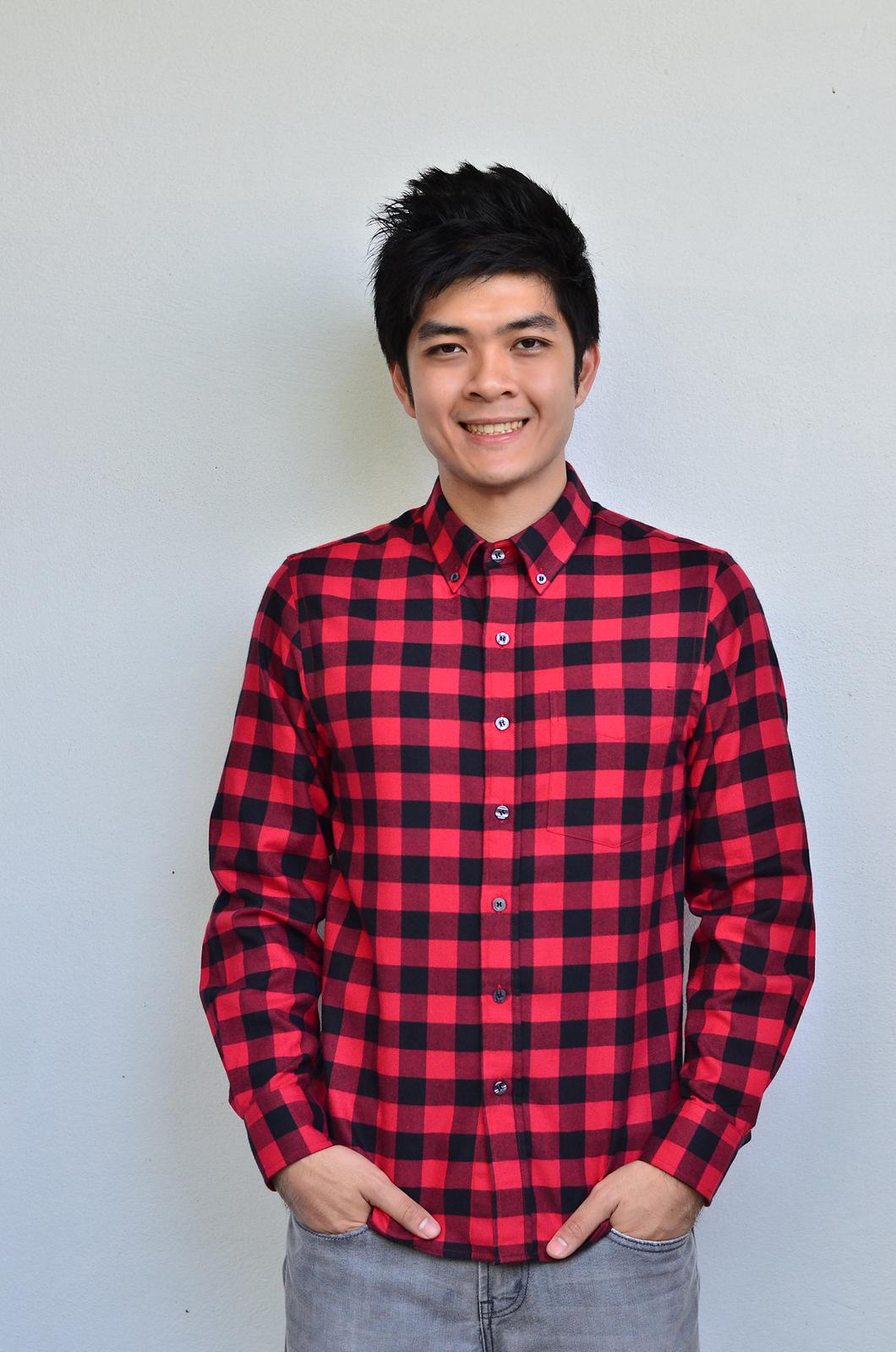 เสื้อลายสก๊อตผู้ชายสีแดง Red Flannel Shirt